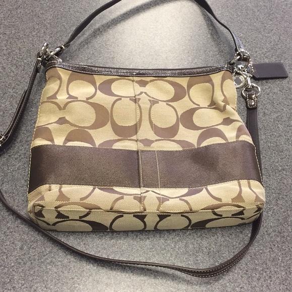 Coach Handbags - Coach F13674 Purse